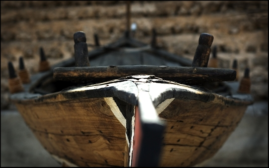 The bow of a traditional pearl diving boat // credit: Bala / Flickr